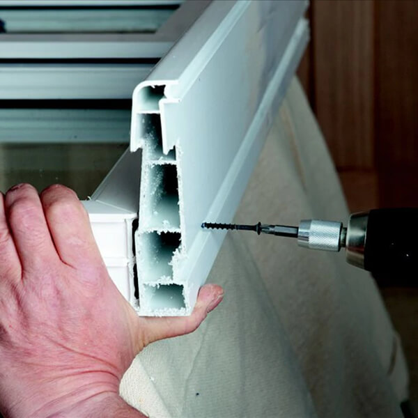 Attach outer sill