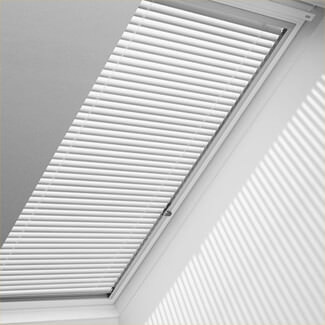 Velux Manual Venetian Blind